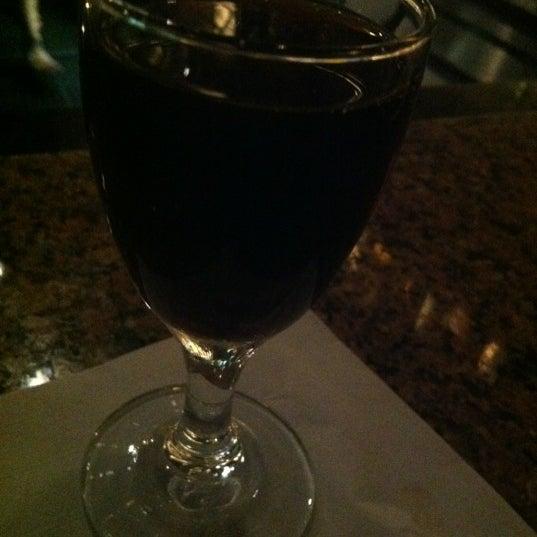 Foto diambil di Vivo Restaurant oleh Matt A. pada 8/4/2012