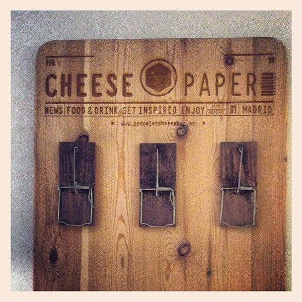 Foto scattata a Poncelet Cheese Bar da Eliel C. il 7/1/2012