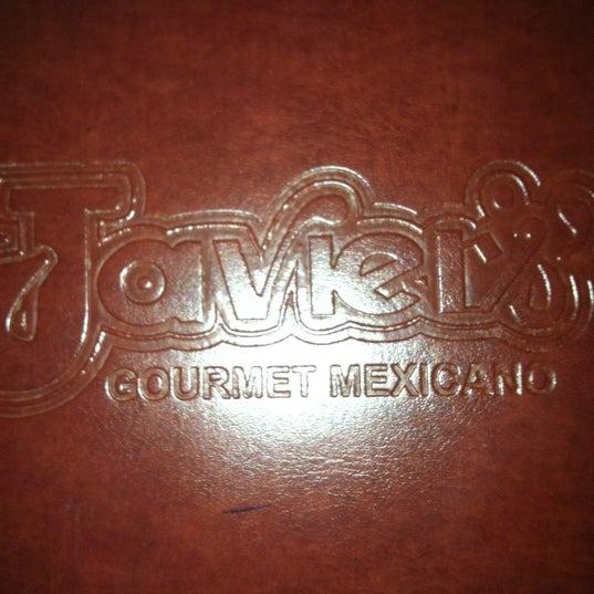 Foto tirada no(a) Javier's Gourmet Mexicano por Emily A. em 2/19/2012