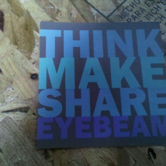 Das Foto wurde bei Eyebeam Art + Technology Center von Danielle W. am 10/14/2011 aufgenommen