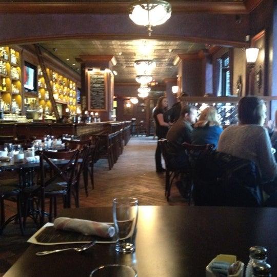1/22/2012에 Kate A.님이 Rumpus Room - A Bartolotta Gastropub에서 찍은 사진