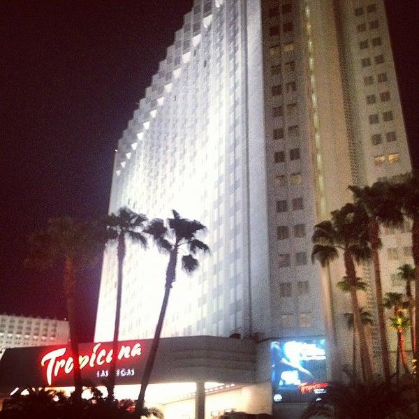 Снимок сделан в Tropicana Las Vegas пользователем Andrew G. 8/25/2012