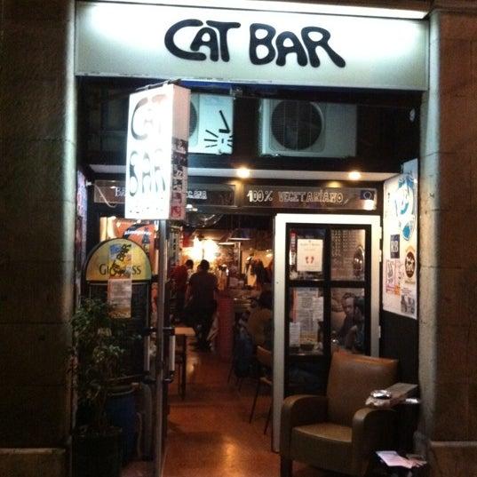 Foto tirada no(a) CatBar por Piotr C. em 10/21/2011