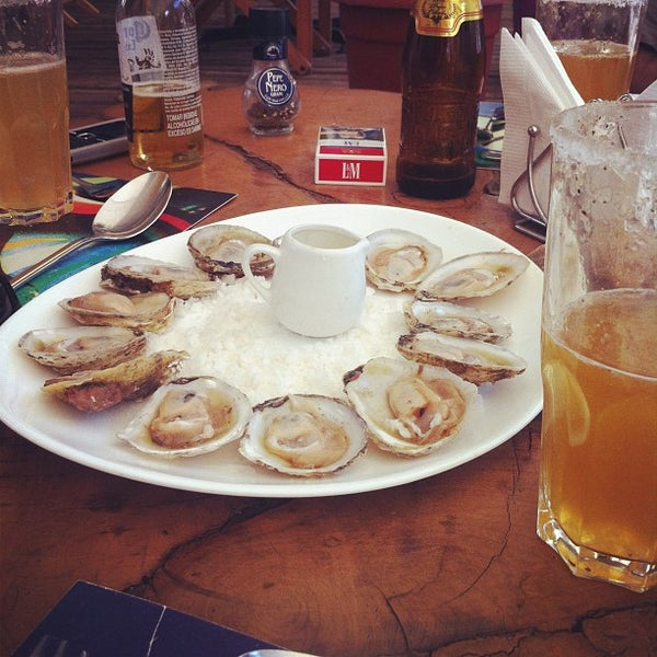 Foto scattata a Terraza Isidora Beach Club da Nestor C. il 1/27/2012