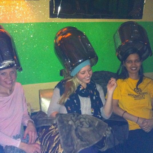 Foto scattata a Beauty Bar da Sammy T. il 3/7/2012