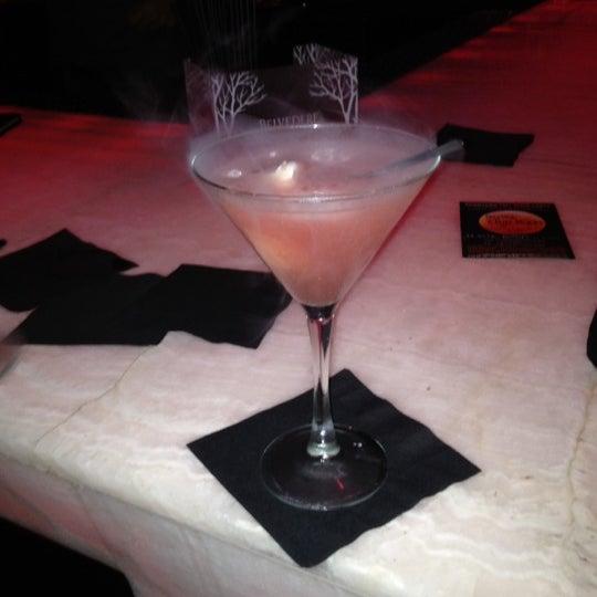 Foto tomada en HaVen Gastro-Lounge por Shirley O. el 6/29/2012