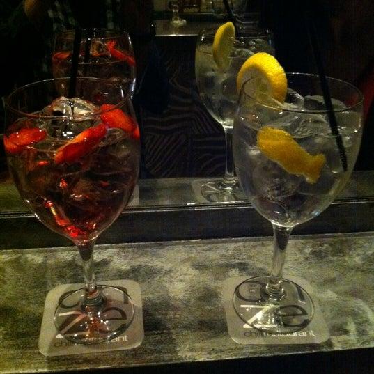 Foto tirada no(a) Restaurante Onze por Isabel H. em 3/31/2012