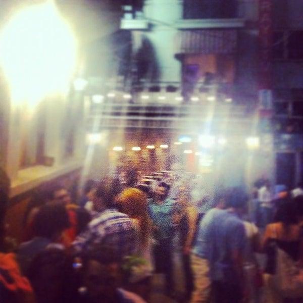 8/3/2012 tarihinde Merih G.ziyaretçi tarafından Mica Restaurant & Bar'de çekilen fotoğraf