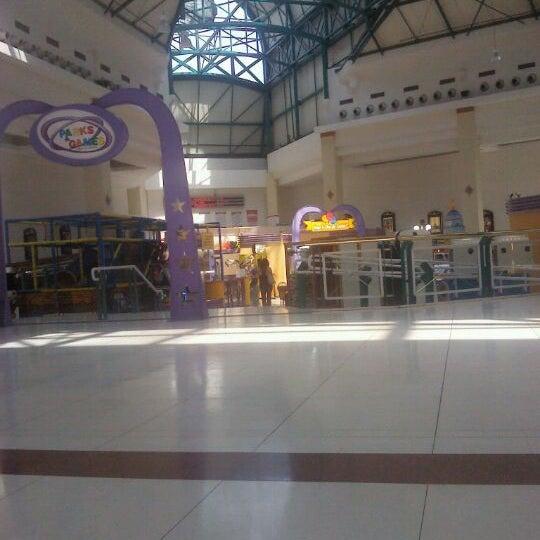 รูปภาพถ่ายที่ Shopping Iguatemi โดย Fernando G. เมื่อ 10/29/2011