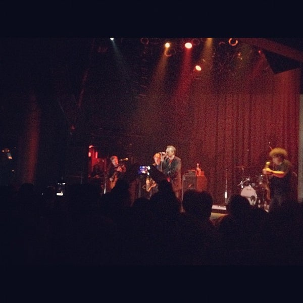 Foto tirada no(a) House of Blues San Diego por Christina em 6/18/2012