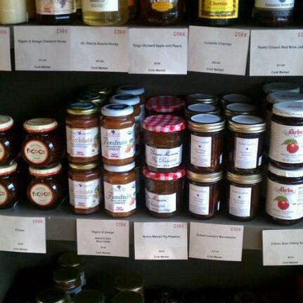 Foto scattata a Cork Wine Bar and Market da Anna J. il 7/30/2011