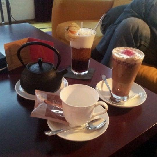 Foto scattata a Hotel de las Letras da Beatrix S. il 4/15/2012