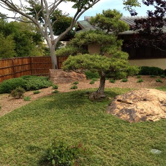 4/24/2012にBill H.がJapanese Friendship Gardenで撮った写真