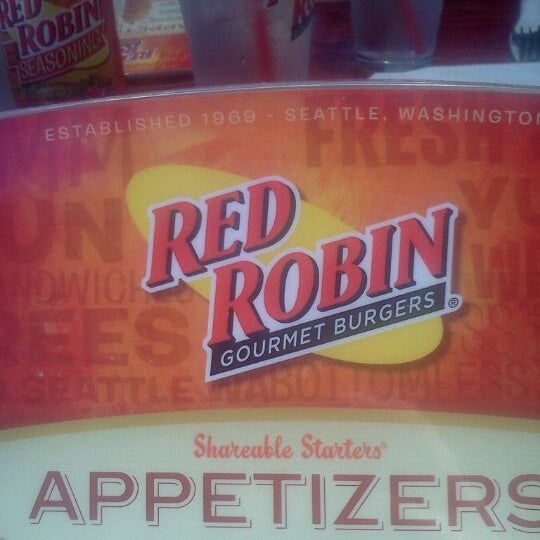 Red Robin Gourmet Burgers and Brews - Burger Joint in Kent