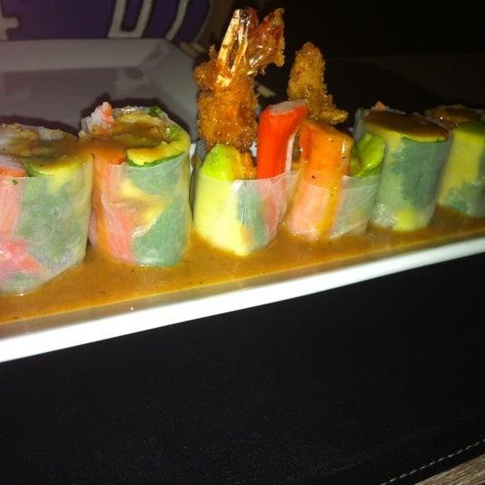 Foto tirada no(a) Obba Sushi & More por Ricardo L. em 11/19/2011
