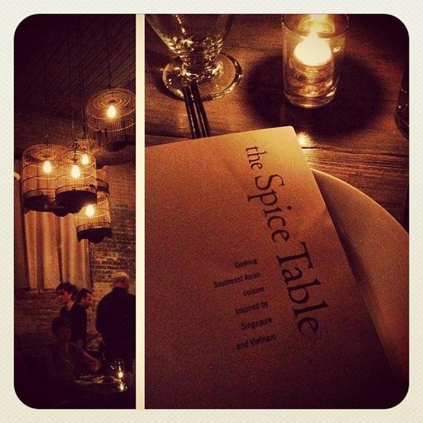 Foto diambil di Spice Table oleh Julie H. pada 8/5/2012