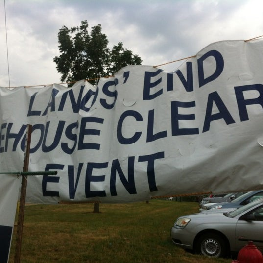 Photos At Lands End Warehouse Clearance Event Now Closed