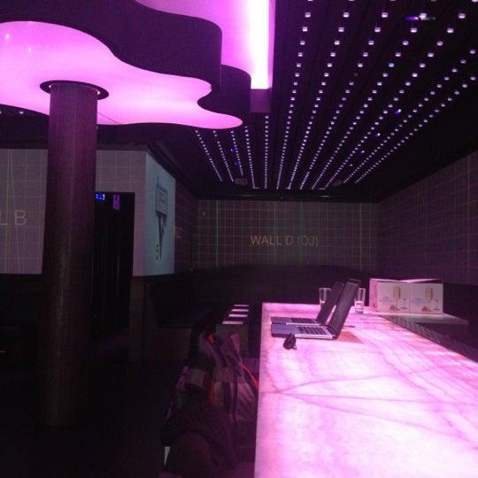 Foto tomada en HaVen Gastro-Lounge por Evan A. el 5/1/2012