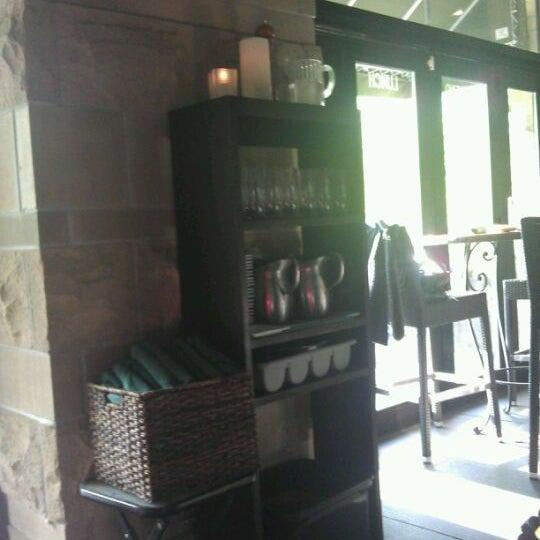 5/8/2012에 James A.님이 Loring Kitchen and Bar에서 찍은 사진