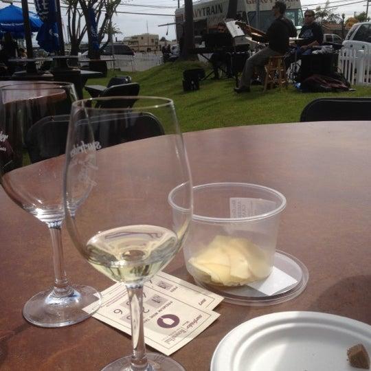 Photo prise au Rosenthal Wine Bar & Patio par Emi S. le3/31/2012