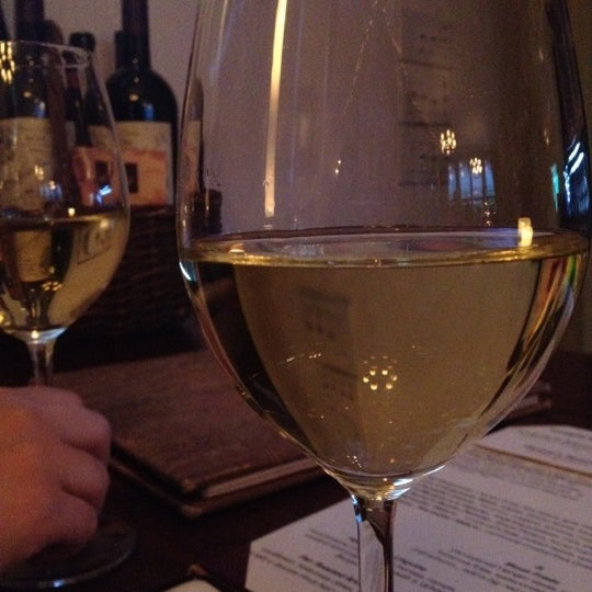4/28/2012にSarit W.がThe Tangled Vine Wine Bar & Kitchenで撮った写真