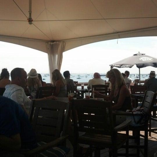 Foto scattata a Aqua Bar da Rob C. il 8/9/2012