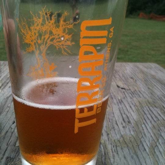 Photo prise au Terrapin Beer Co. par Christine S. le7/13/2012