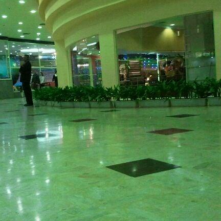 Das Foto wurde bei Grand Plaza Shopping von Fernando B. am 9/2/2011 aufgenommen