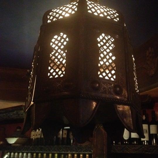 Photo prise au Nomad Restaurant par Tim J. le5/5/2012