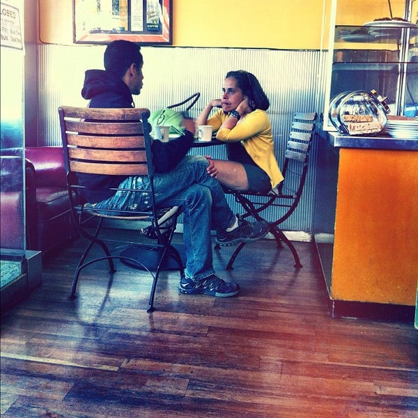 2/24/2012에 Evangeline B.님이 Safeway에서 찍은 사진