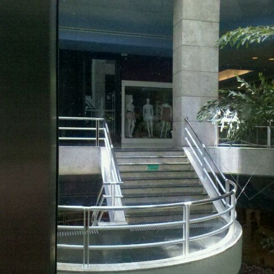 1/29/2012 tarihinde Luzia S.ziyaretçi tarafından Shopping Center Penha'de çekilen fotoğraf