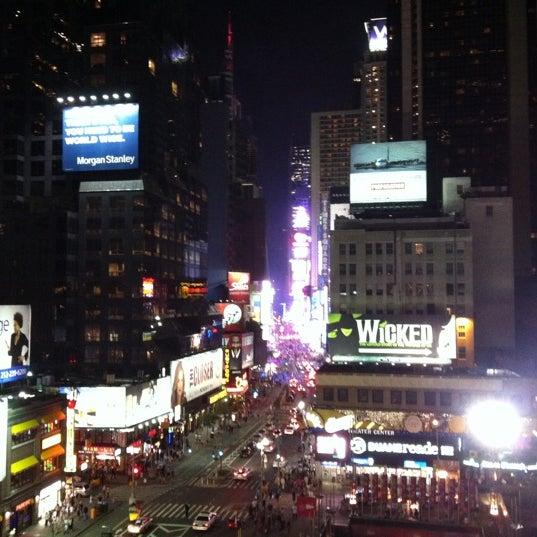 7/20/2011에 Maggie G.님이 Novotel New York Times Square에서 찍은 사진