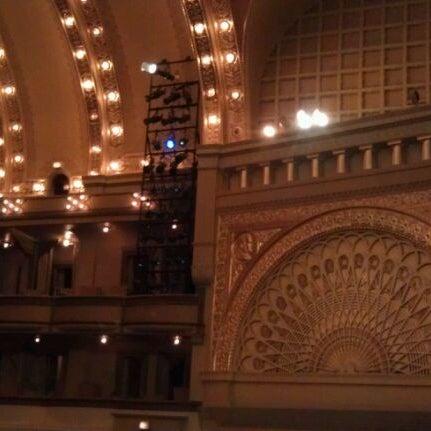 3/13/2012 tarihinde Lisa P.ziyaretçi tarafından Auditorium Theatre'de çekilen fotoğraf