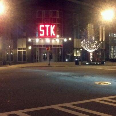 Foto scattata a STK Atlanta da Vanessa T. il 12/2/2011
