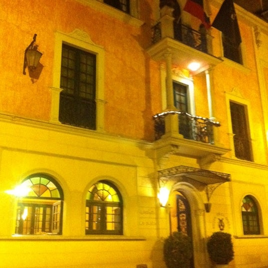 รูปภาพถ่ายที่ Hotel de la Opera โดย Drew G. เมื่อ 1/23/2011