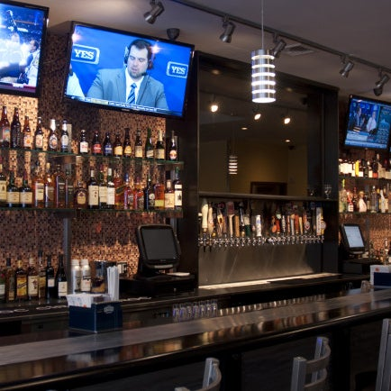 Washington Heights now has this booze resource with 24 beers on tap, growlers to go, bourbon and wines. Nibbles such as Korean-style fried chicken and cow hearts on a skewer are available too.