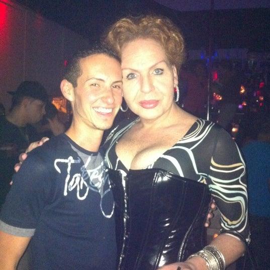 Photo prise au Mekka Nightclub par Zach R. le2/19/2012
