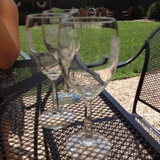 6/23/2012 tarihinde Jaimeziyaretçi tarafından Keswick Vineyards'de çekilen fotoğraf