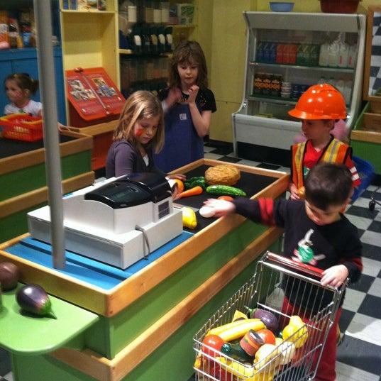 Снимок сделан в Minnesota Children's Museum пользователем Jackie D. 3/10/2011