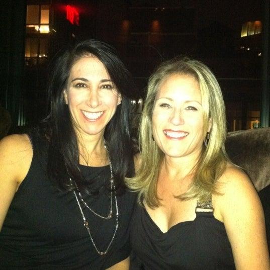 Foto scattata a Plunge Rooftop Bar & Lounge da Robin S. il 12/17/2011