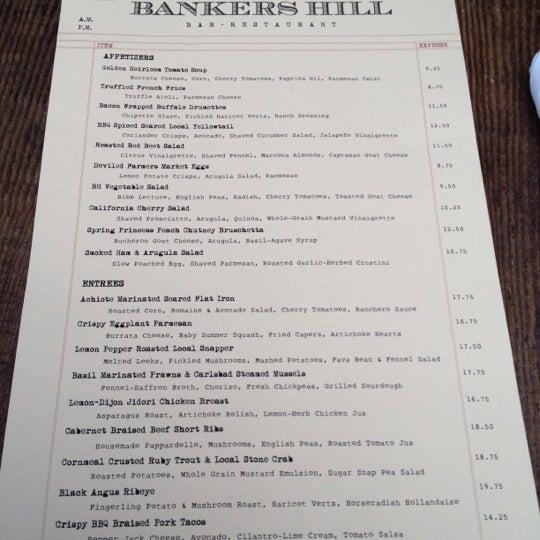 Foto tirada no(a) Bankers Hill Bar & Restaurant por David O. em 6/13/2012