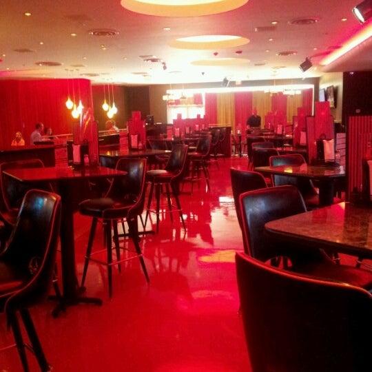 Снимок сделан в Kings Dining & Entertainment пользователем Ksenia P. 6/21/2012