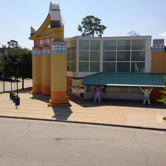 Photo taken at Children's Museum of Houston by Damien F. on 6/22/2012