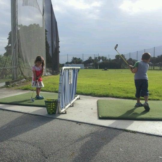 Das Foto wurde bei Palmetto Golf Course von Frank L. am 7/27/2012 aufgenommen