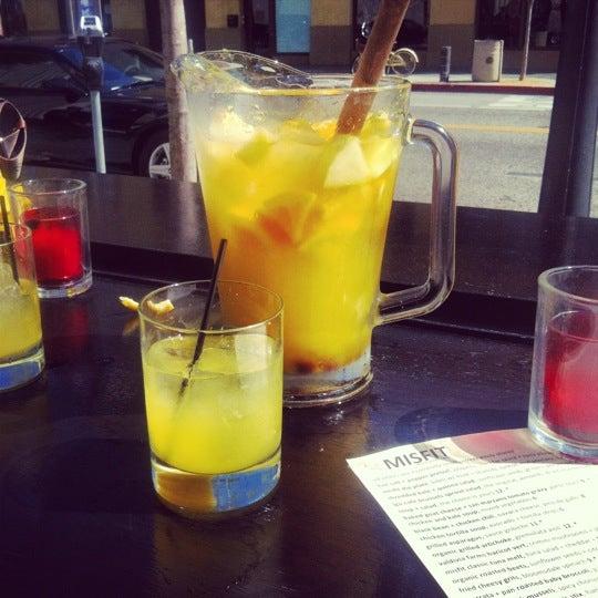 3/13/2012에 Melissa K.님이 The Misfit Restaurant + Bar에서 찍은 사진