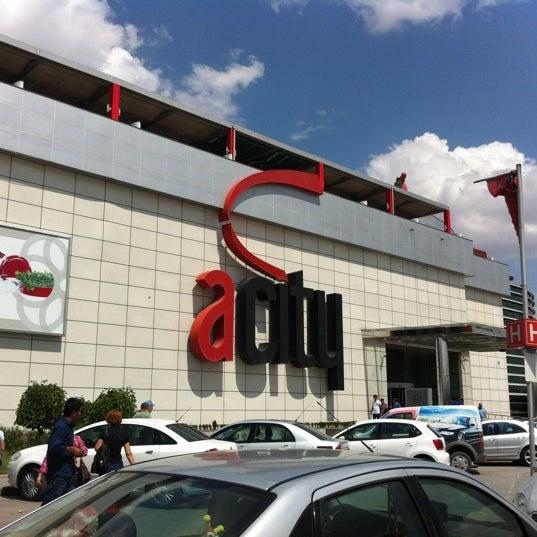 Foto diambil di ACity Premium Outlet oleh Hulusi B. pada 8/22/2012