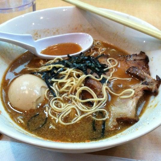 6/24/2012 tarihinde Sierra M.ziyaretçi tarafından Tatsu Ramen'de çekilen fotoğraf