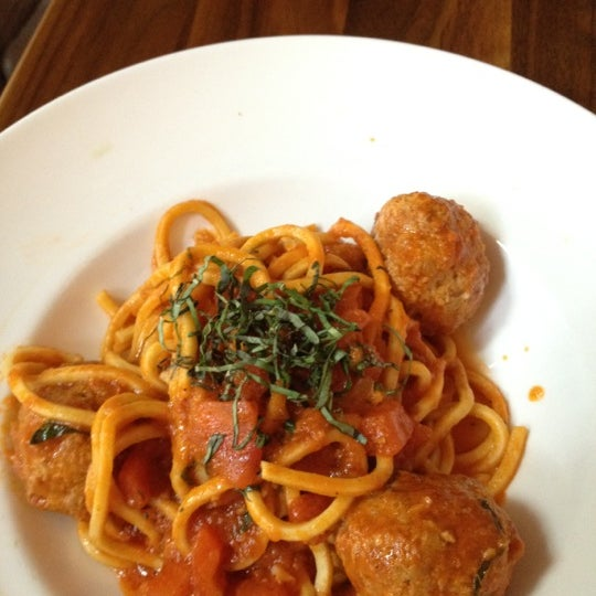Foto tirada no(a) Cucina Asellina por Tiffany D. em 6/22/2012