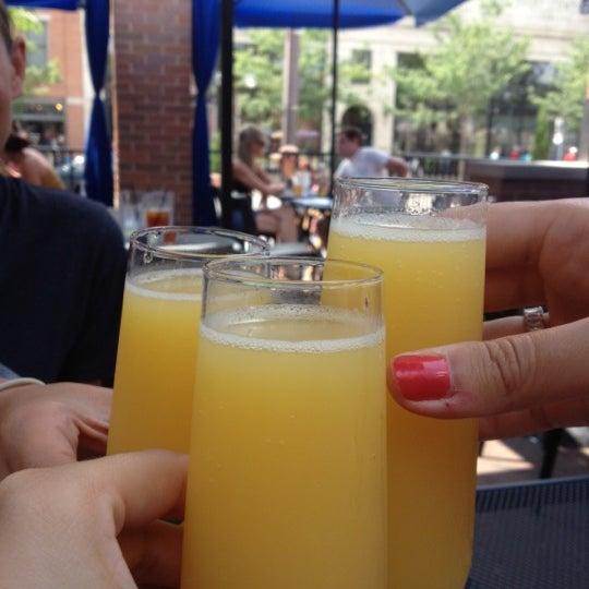 7/28/2012 tarihinde Ashleyziyaretçi tarafından Union Cafe'de çekilen fotoğraf