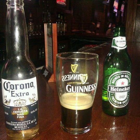 3/9/2012にMike N.がPlaywright Irish Pubで撮った写真